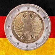 """""""Da quando c'è l'euro, ogni Tedesco ha guadagnato 23mila euro, ogni Italiano ne ha perso 74mila"""""""