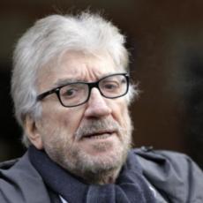 Gigi Proietti: l'indiscrezione sull'operazione all'aorta non riuscita