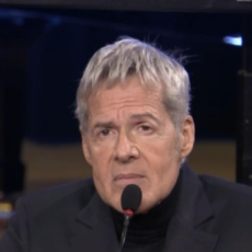 """Claudio Baglioni, """"sono paralizzato dal coronavirus"""""""