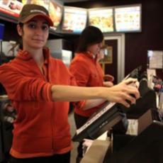 McDonald's, parlano i dipendenti: ecco i cibi da non ordinare mai