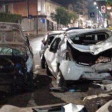 Tragedia in Italia: si schianta mentre portava il figlio in ospedale