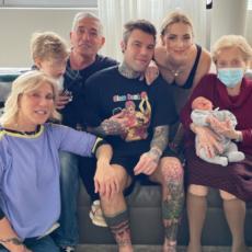 Fedez e la foto di famiglia
