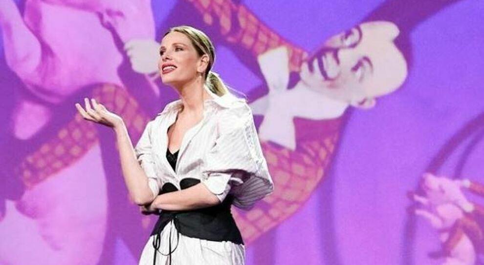 Alessia Marcuzzi: «Mio marito è positivo al Covid, non potrò essere presente a Le Iene»