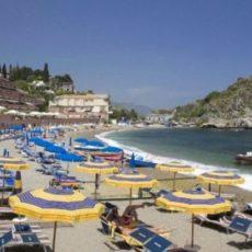 Covid-19, estate: le spiagge rimangono chiuse